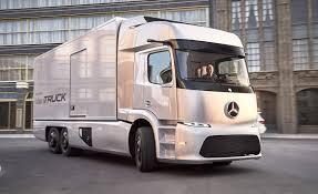 mercades-self-driving-truck